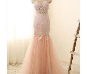 Light pink prom dres..